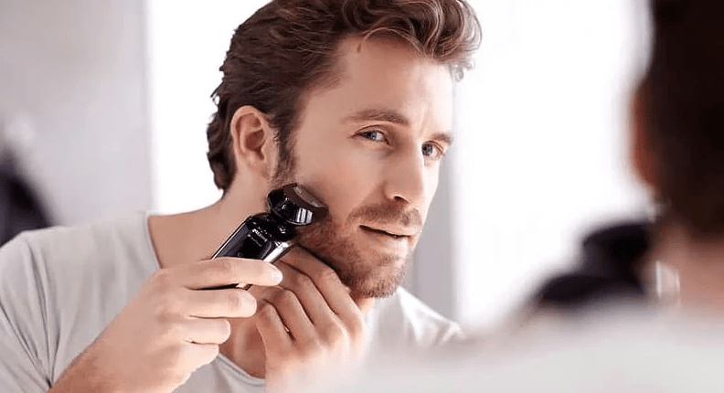 Can You Use A Man's Electric Razor On A Woman's Face